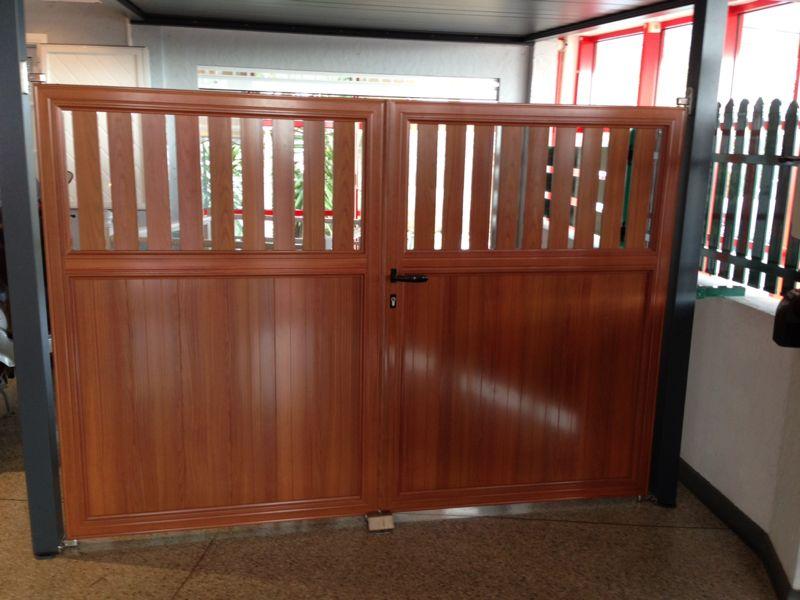 portail marron